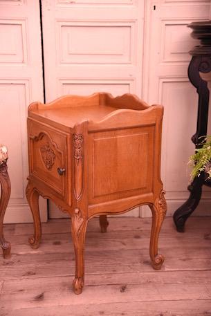 アンティーク 猫脚 ナイトテーブル フレンチ ベッドサイド