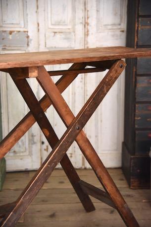 アンティーク 折りたたみ式アイロン台 イギリス