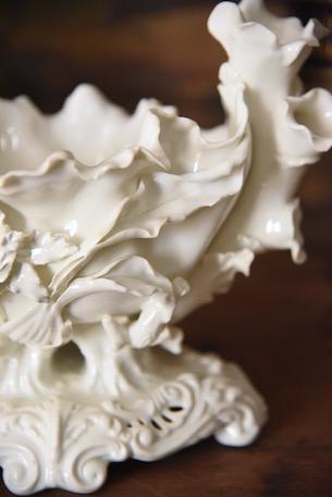 アンティーク 白陶器 フラワーベース