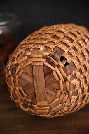 アンティーク 円柱カゴバッグ 革蓋