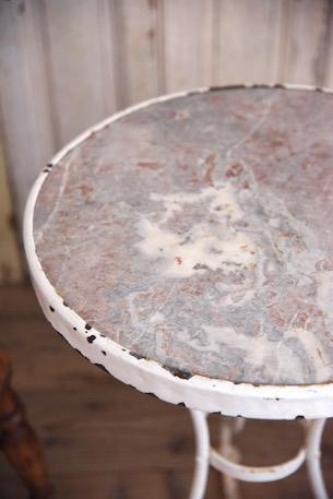 アンティーク ペイント 大理石 テーブル 庭用?