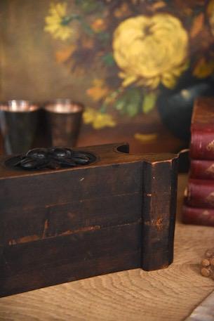 アンティーク ディスプレイ台 葉と果実の印彫刻あり 3 大