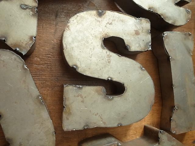 アルファベット レターサイン